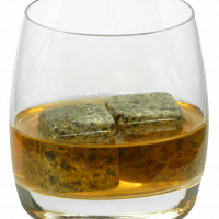 5801 Whisky stones in glass
